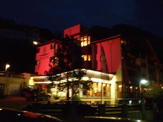 Hotel Jerzner Hof: L'hôtel de nuit.
