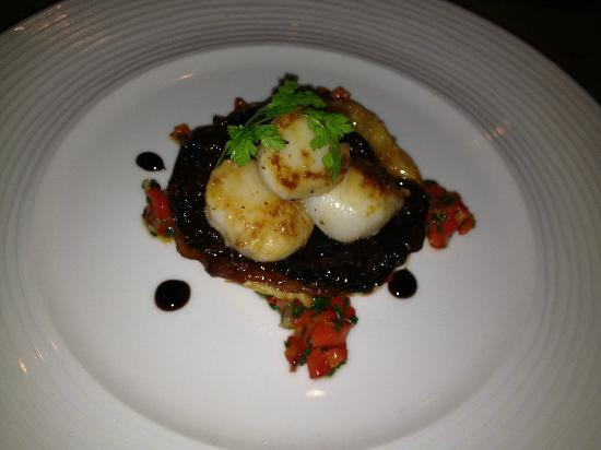 The Barking Dog Restaurant Belfast: scallops