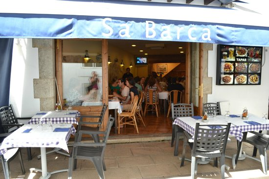 Sa Barca: Outdoor seating