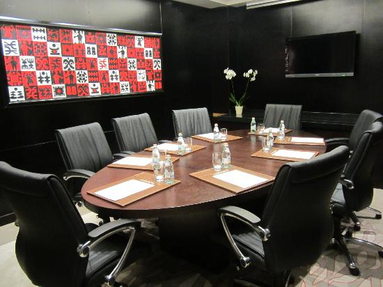 Movenpick Ambassador Hotel Accra: Executive Club Floor Boardroom