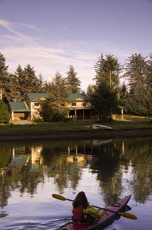 The Haida House at Tllaal
