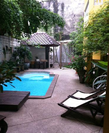 Baan Pra Nond Bed & Breakfast: Pool area