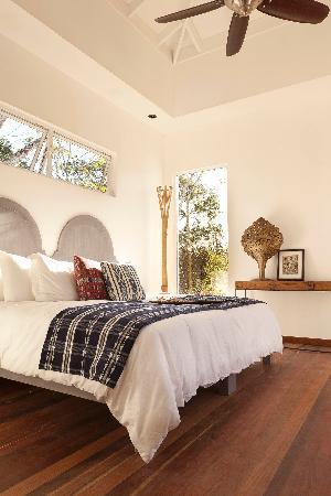 Ka'ana Resort: 2 Bed Villa Queen Room Detail