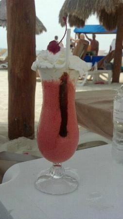 Excellence Playa Mujeres: My yummy bday drink