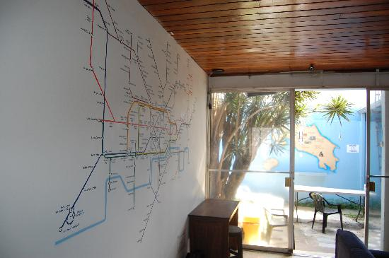 Castle Tam Hostel: Tube Map