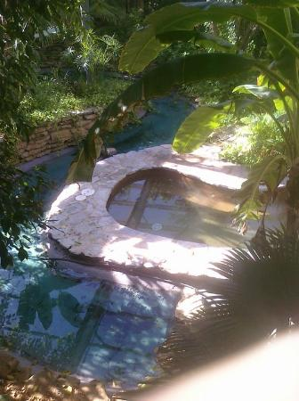 Great Family Garden Inn: One Of The Spas Outside My Room