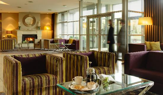 Harbour Hotel Galway: Contemporary lobby area...