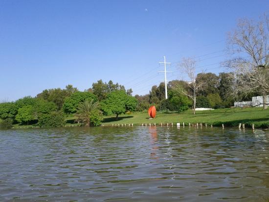 Yarkon River and Park Hayarkon: Statues at Hayarkon Park