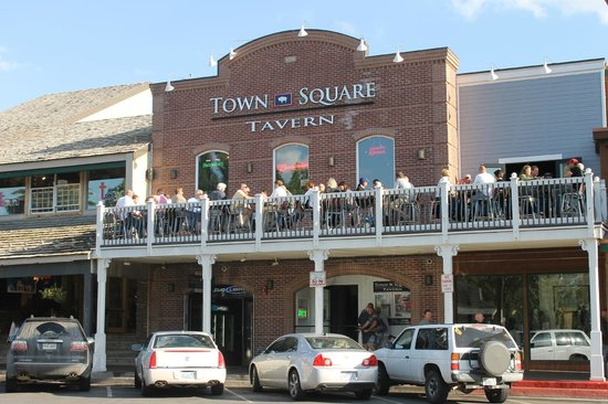 Town Square Tavern