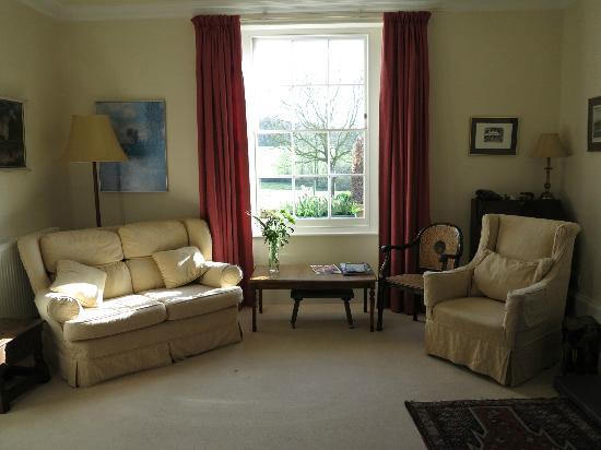 Larkbeare Grange: lounge