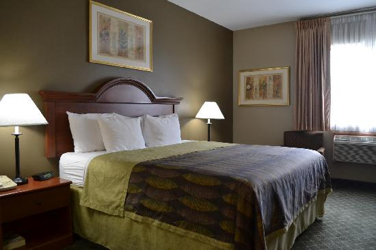 Best Western Plus Tulsa Inn & Suites: Deluxe King