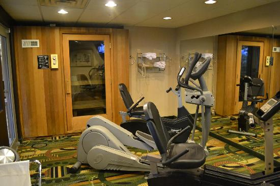 Best Western Plus Tulsa Inn & Suites: Fitness Center