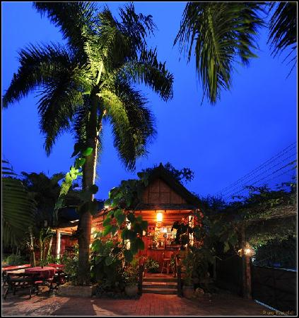 Thongbay Guesthouse: Reception