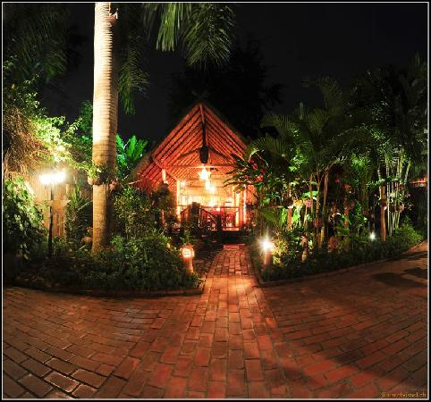 Thongbay Guesthouse: Restaurant