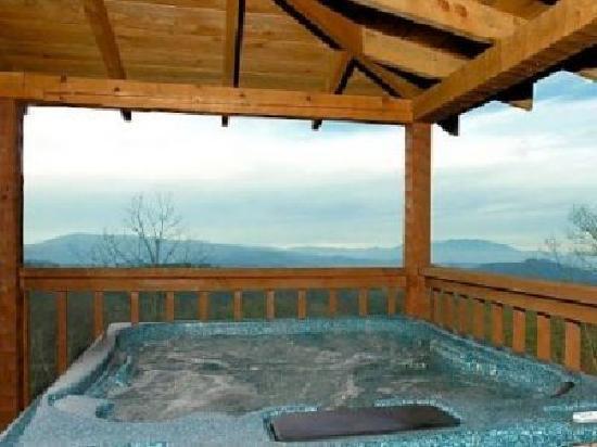 Smoky Mountain Lodging : Beautiful Mountain Views