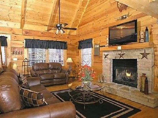 Smoky Mountain Lodging : All the comforts of home!