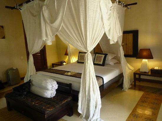 Barong Resort and Spa: comfy bed