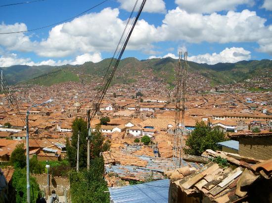 Welcome Cusco Hostel: Vue depuis la salle de petit-déjeuner