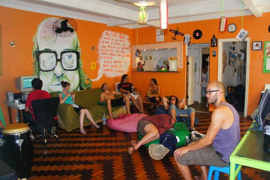 Books Hostel : lounge and where breakie is served