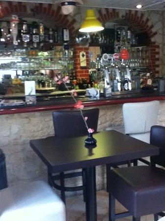 Banana Bar Restaurant Cocktail