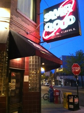 Silver Cloud Bar & Grill : Silver Cloud Bar and Grill