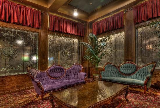 Mizpah Hotel: Lounge