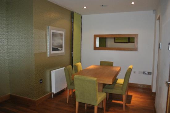 Staycity Aparthotels West End: Comedor