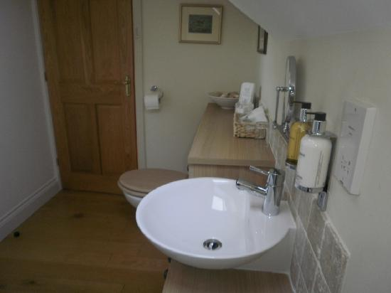 Ashfield House Luxury B&B: Bathroom