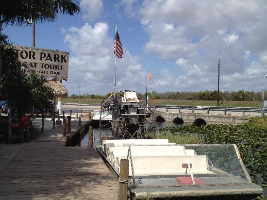 Miami Tour Company : Gator park boat 4