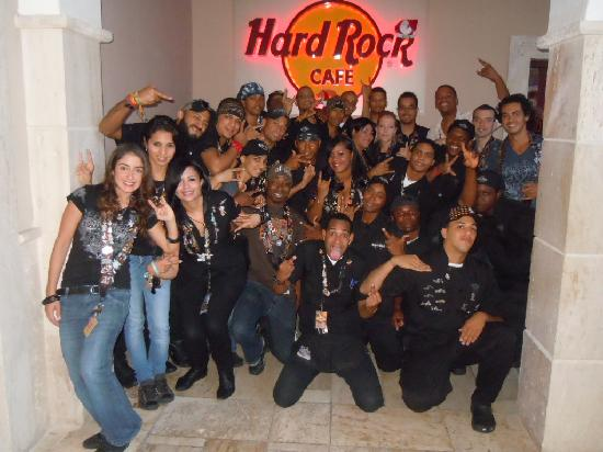 Hard Rock Cafe: THE BEST TEAM