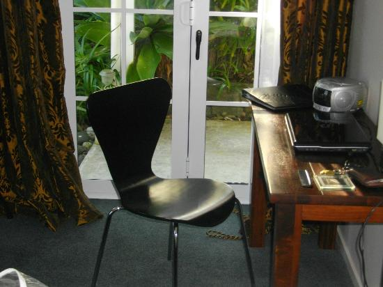 Brantome Villa: Only seat in room