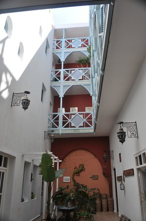 Riad Watier: Main Area