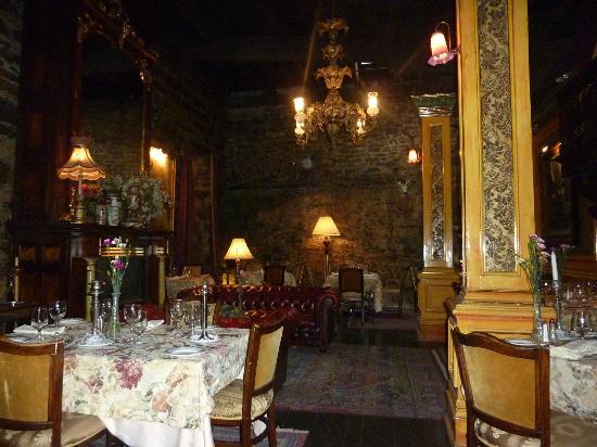 La Maison Pierre du Calvet: restaurant