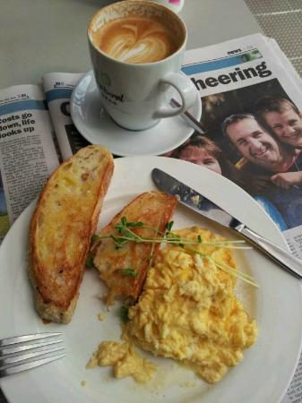 Black Pepper Cafe: 'Eggs Scrambled' and mug of flat white