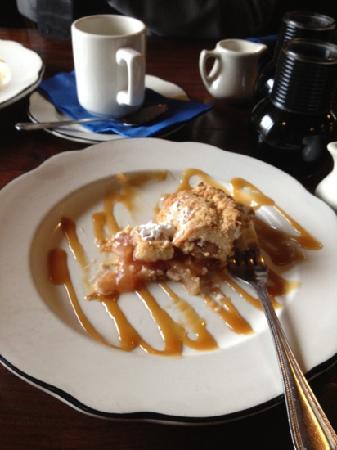 Blue Wing Saloon & Cafe : Wonderful apple pie!