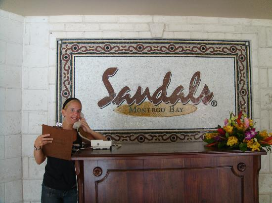 Sandals Royal Caribbean Resort and Private Island: ANTES DE PARTIR EN REEPCION