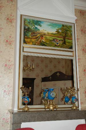 Château d'Ayres : Chambre très spacieuse bien décorée