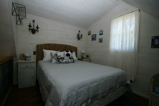 Cabins at Red Rock: Bedroom in loft