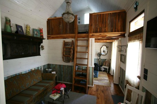 Cabins at Red Rock: lower and upper bedrooms