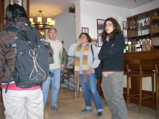 Ailanpa Wine Bar: Wine tasting