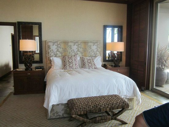 Four Seasons Resort Hualalai: bed room