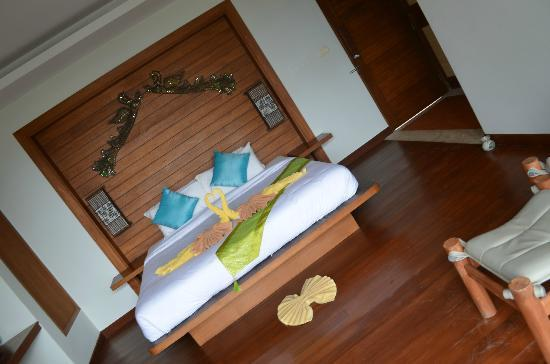 Anda Lay Boutique Resort: Deluxe Beach Front Room