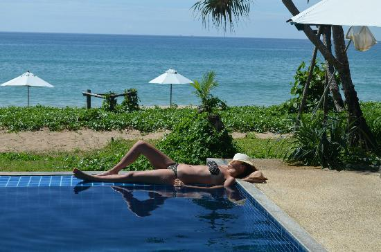 Anda lay Boutique Resort: Combining tanning and staying cool in the sweltering heat