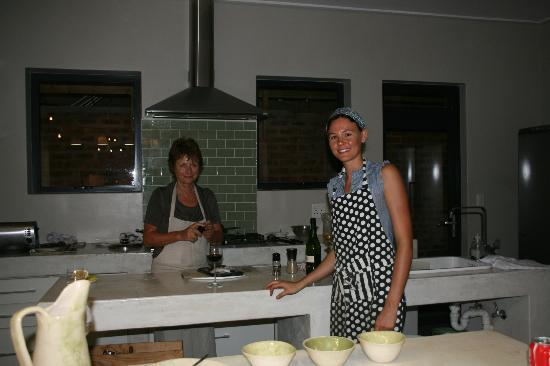 Christiana Lodge : Christa and Marie in the kitchen