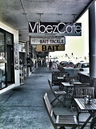 ‪Vibez Cafe and Wine bar‬