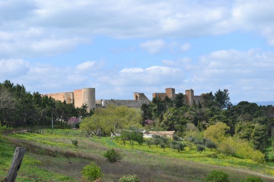 Lucera, Italia: Castello - Fortezza