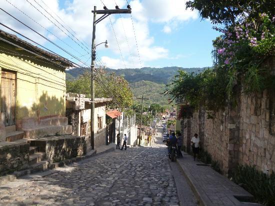 Yat B'alam Boutique Hotel: Vista del pueblo de Copán Ruinas