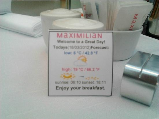 Maximilian Hotel: Cute greetings