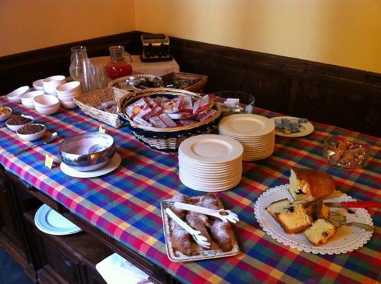 Hotel Roma: Colazione a buffet B&B