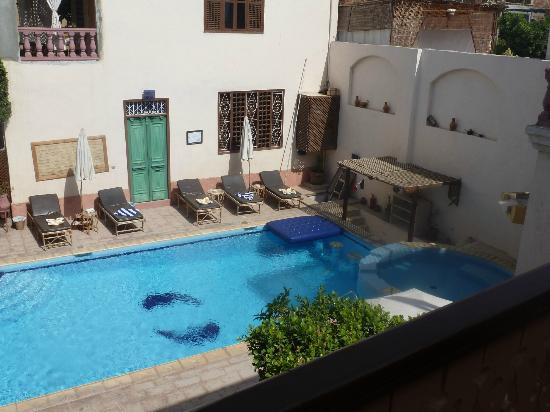 Villa Nile House: Der lauschige Pool